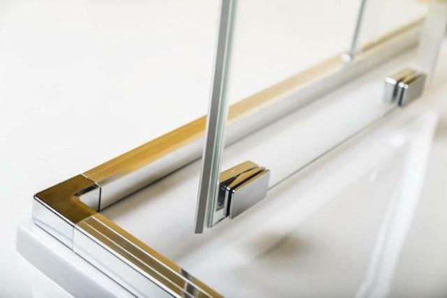 Higieniczna-kabina-prysznicowa-na-magnesy-3.jpg