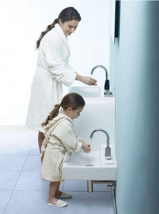 Ciekawa umywalka, Family Basin, Vitra